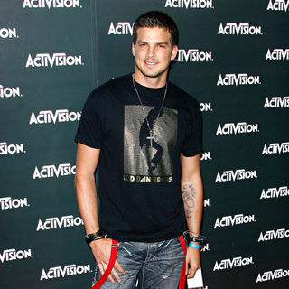 Rick Malambri in Activision E3 2010 Preview Event - Arrivals