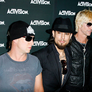 Dave Navarro, Jane's Addiction in Activision E3 2010 Preview Event - Arrivals