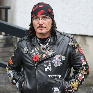 Adam Ant Outside The ITV Studios - adam-ant-outside-the-itv-studios-02