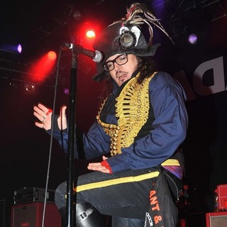 Adam Ant Performing Live on Stage - adam-ant-performing-live-on-stage-02