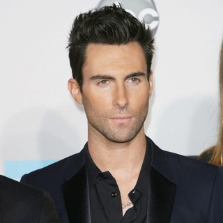 Adam Levine, Maroon 5 in 2011 American Music Awards - Arrivals