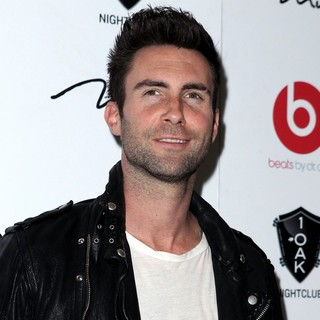 Adam Levine, Maroon 5 in Maroon 5's Adam Levine Arrives to Perform Live