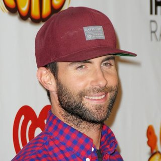 Maroon 5 in Z100's Jingle Ball 2014 - Red Carpet Arrivals - adam-levine-z100-s-jngle-ball-2014-01