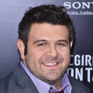 New York Premiere of The Girl with the Dragon Tattoo - Arrivals - adam-richman-premiere-the-girl-with-the-dragon-tattoo-01