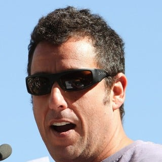 Adam Sandler in Jennifer Aniston Is Honored with A Star on The Hollywood Walk of Fame