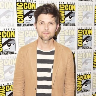 Adam Scott-San Diego Comic Con 2017 - Ghosted - Photocall