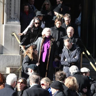 Amy Adams, Ellen Burstyn, Sam Rockwell, Louis C.K. in The Funeral of Philip Seymour Hoffman