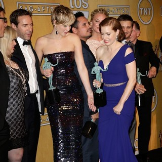 Colleen Camp, Alessandro Nivola, Jennifer Lawrence, Michael Pena, Elisabeth Rohm, Amy Adams, Jeremy Renner, Paul Herman in The 20th Annual Screen Actors Guild Awards - Press Room