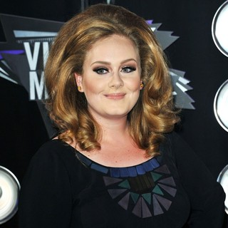 Adele in 2011 MTV Video Music Awards - Arrivals