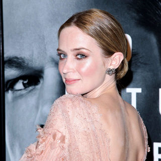 Emily Blunt in New York Premiere of 'The Adjustment Bureau'
