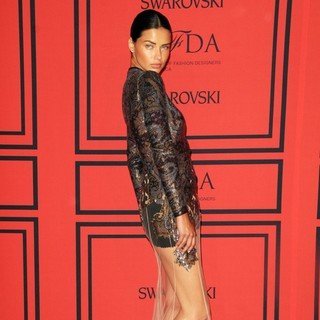 Adriana Lima in 2013 CFDA Awards - Arrivals