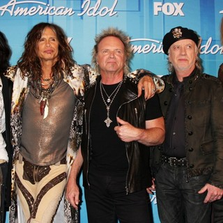 Aerosmith in American Idol Season 11 Grand Finale Show - Press Room