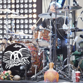Joey Kramer, Aerosmith in Aerosmith Performing Live During The Today Show Concert Series
