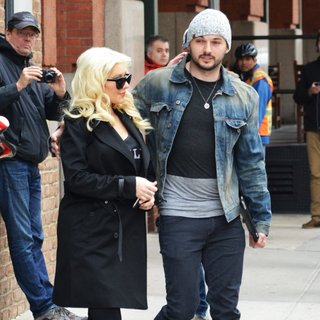 Christina Aguilera, Matt Rutler in Christina Aguilera and Matt Rutler Leaving for The Airport
