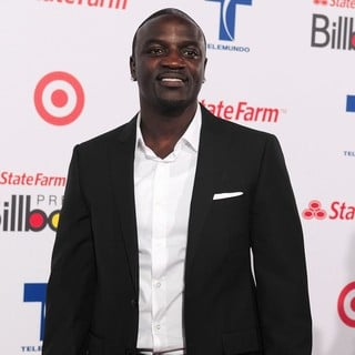 Akon in Billboard Latin Music Awards 2012 - Arrivals