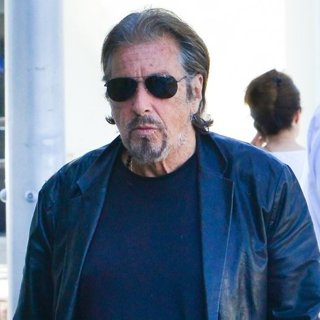 Al Pacino in Al Pacino Steps Out for Lunch