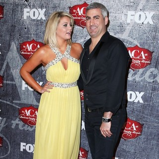 Lauren Alaina, Taylor Hicks in 2012 American Country Awards - Arrivals