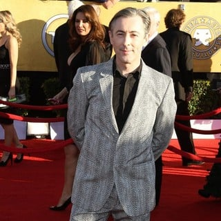 Alan Cumming in The 18th Annual Screen Actors Guild Awards - Arrivals - alan-cumming-18th-annual-screen-actors-guild-awards-01