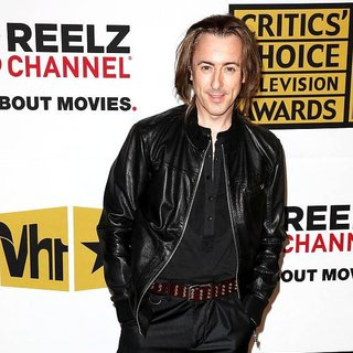 Alan Cumming in The 2011 Critics Choice Television Awards Luncheon - Red Carpet
