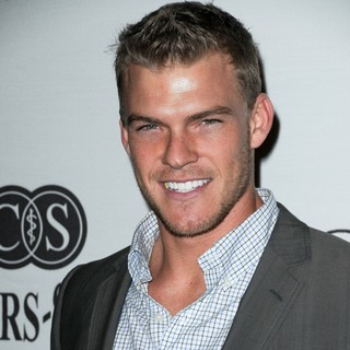 Alan Ritchson in 2010 Cedars-Sinai Board of Governors Gala