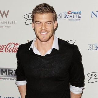 Alan Ritchson in Gold Meets Golden Event - Arrivals