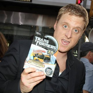New York Premiere of Transformers Dark of the Moon - alan-tudyk-premiere-transformers-dark-of-the-moon-01
