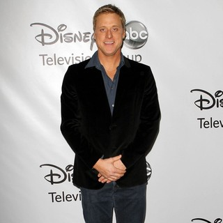 Alan Tudyk in Disney ABC Television Group Hosts TCA Winter Press Tour - Arrivals - alan-tudyk-tca-winter-press-tour-03