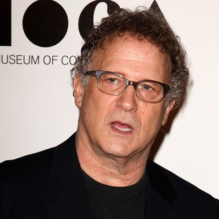 Albert Brooks in 2011 MOCA Gala: An Artist's Life Manifesto - Arrivals