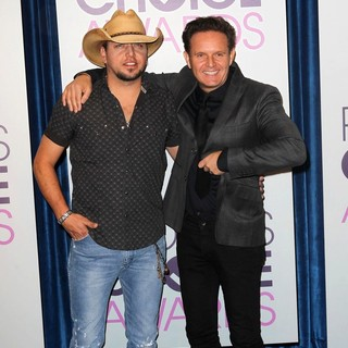 Jason Aldean, Mark Burnett in The 2013 People's Choice Awards Nominee Announcements