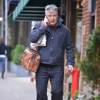 Alec Baldwin in Alec Baldwin in His Neighborhood