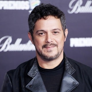 Alejandro Sanz in The 2013 40 Principales Awards - alejandro-sanz-40-principales-awards-2013-02