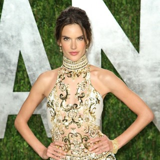 Alessandra Ambrosio in 2013 Vanity Fair Oscar Party - Arrivals