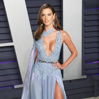 Alessandra Ambrosio in 2019 Vanity Fair Oscar Party - Arrivals