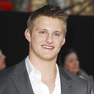 Alexander Ludwig in Los Angeles Premiere of The Hunger Games - Arrivals