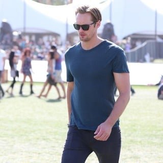 Alexander Skarsgard in The 2013 Coachella Valley Music and Arts Festival - Week 1 Day 3 - alexander-skarsgard-2013-coachella-valley-music-and-arts-festival-06