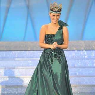 Alexandria Mills in Miss World 2011