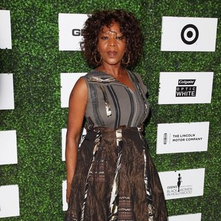 Alfre Woodard in 2014 ESSENCE Black Women in Hollywood Luncheon