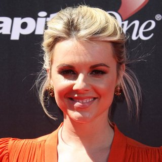 Ali Fedotowsky in 2014 ESPYS Awards - Arrivals