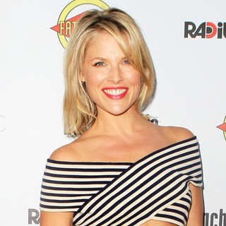 Ali Larter in The Premiere of RADiUS-TWC's Bachelorette