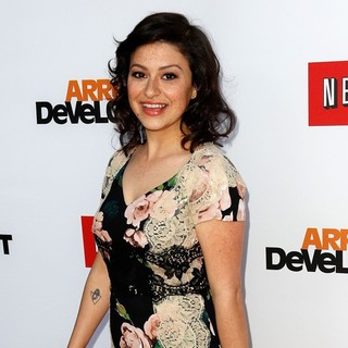 Alia Shawkat in Netflix's Los Angeles Premiere of Season 4 of Arrested Development - alia-shawkat-premiere-arrested-development-season-4-03
