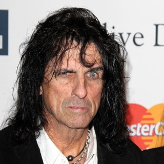 Alice Cooper in Clive Davis and The Recording Academy's 2013 Pre-Grammy Gala and Salute to Industry Icons - alice-cooper-clive-davis-and-the-recording-academy-s-2013-pre-grammy-gala-01