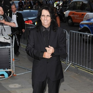 Alice Cooper in GQ Man of The Year Awards 2010 - Arrivals