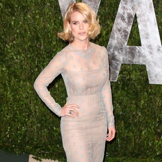 Alice Eve in 2012 Vanity Fair Oscar Party - Arrivals