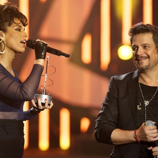 Alejandro Sanz in The 2013 40 Principales Awards - Show - alicia-keys-40-principales-awards-2013-show-03