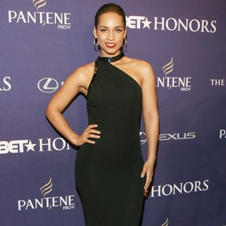 Alicia Keys in BET Honors 2013: Red Carpet Presented by Pantene - Arrivals