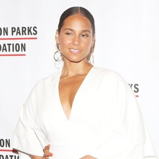 Alicia Keys in The Gordon Parks Foundation Annual Awards Dinner