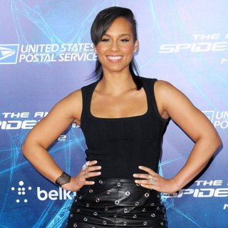 New York Premiere of The Amazing Spider-Man 2 - Red Carpet Arrivals - alicia-keys-premiere-the-amazing-spiderman-2-01