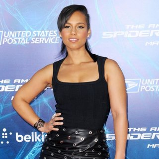 New York Premiere of The Amazing Spider-Man 2 - Red Carpet Arrivals - alicia-keys-premiere-the-amazing-spiderman-2-02