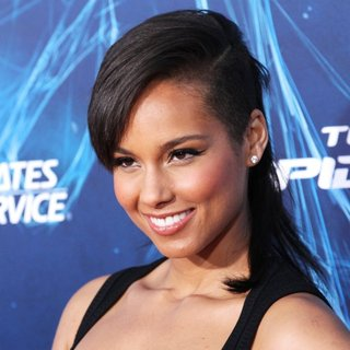 New York Premiere of The Amazing Spider-Man 2 - Red Carpet Arrivals - alicia-keys-premiere-the-amazing-spiderman-2-06