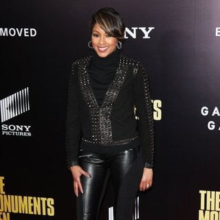Alicia Quarles in New York Premiere of The Monuments Men - Inside Arrivals